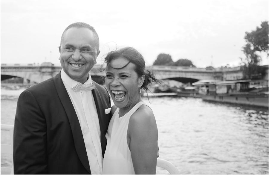 jour-j-photographie-sacha-heron-photographe-mariage-seance-couple-sur-la-seine-paris-11