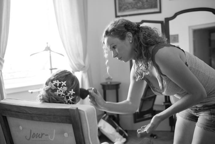 photographe-mariage-chateau-de-beauvoir-maquillage