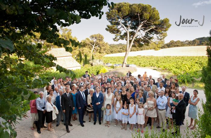 photographe-mariage-photo-groupe-provence-Château-la-Tour-Vaucros-jour-j-photographie