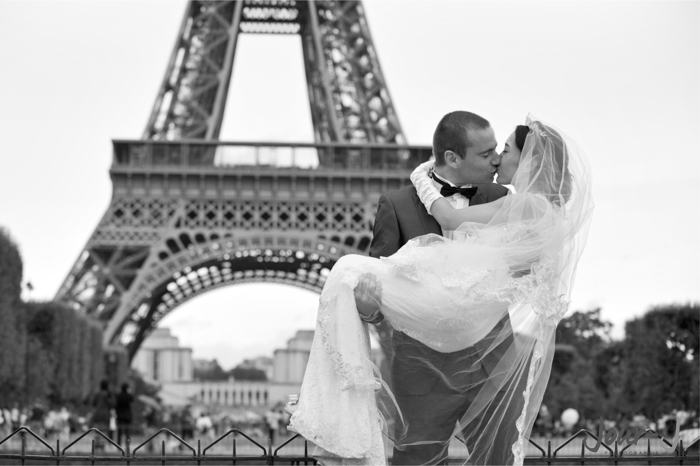 Seance couple - love session à Paris - jour-j-photographie - Sacha-Heron