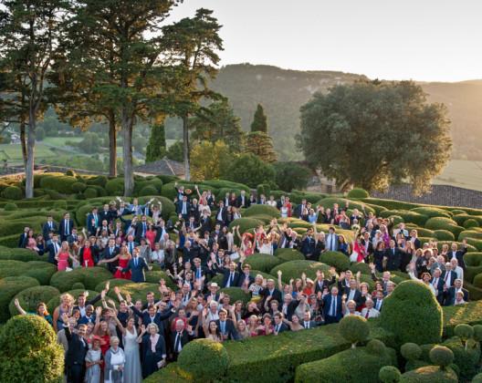 photo de groupe dans les jardins de marqueyssac par le photographe sacha héron / jour-j-photographie