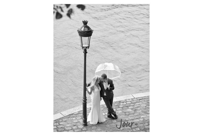 Seance couple - love session à Paris - jour-j-photographie - Sacha-Heron